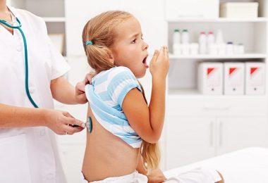"""Viêm phế quản căn bệnh """"thường niên"""" ở trẻ nhỏ"""