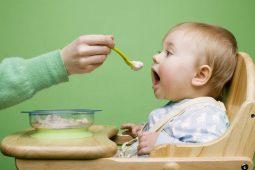 Điều mà các Mẹ cần phải biết khi cho trẻ ăn dặm