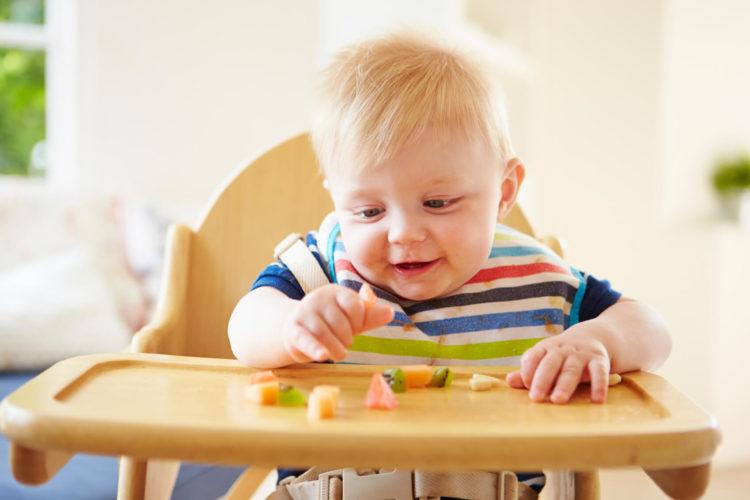 Cho con được chọn những món ăn mà trẻ thích