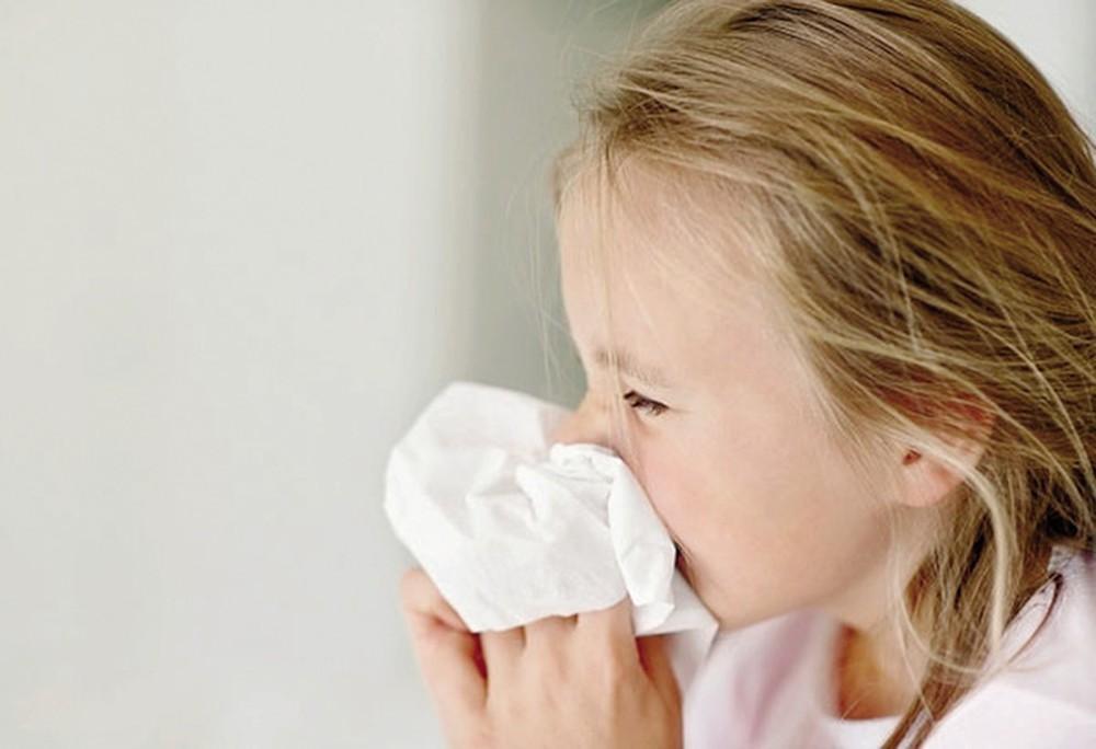 Hướng dẫn mẹ phòng trị bệnh thường gặp trong mùa đông xuân cho trẻ